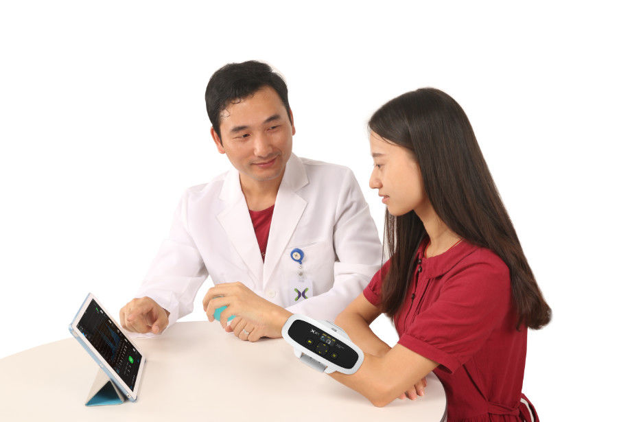 EMG Finger Exercise Low Frequency Therapy Device Type BF Equipment